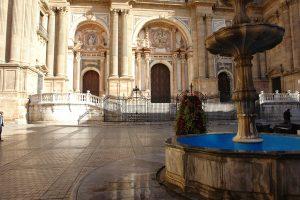 malaga-katedra-wejscie