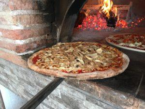 torremolinos-restauracje-jedzenie-pizza